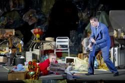 "P. Eötvös ""Der Goldene Drache"" (Oper Frankfurt, 2014 – Foto: Monika Rittershaus)"